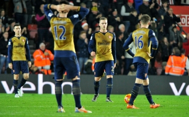 Southampton v Arsenal, Barclays Premier League, Football, St Mary's, UK, 26th December 2015