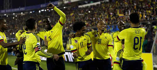 1434593166616_lc_galleryImage_Colombia_players_celebrat