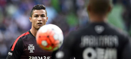 ronaldo-portugal-football_3476347