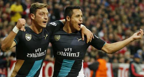 Mesut Ozil dan Alexis Sanchez kerap dikabarkan hengkang dari Emirates Stadium